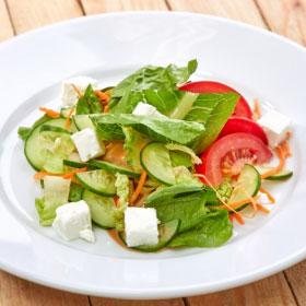 Овощной салат с сыром фета(ЧЕТВЕРГ)